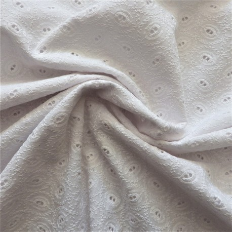 Tissu broderie anglaise coton : 12388